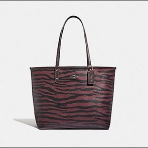 Coach Tiger Reversible City Tote NWT